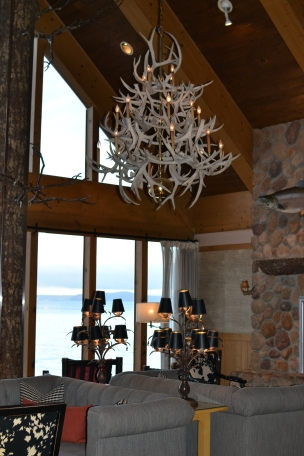 Edgewater hotel lobby in Seattle. Lodge style furnishings